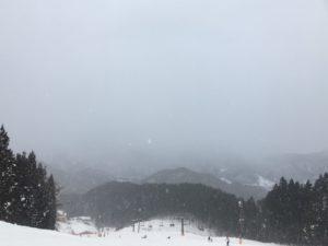 ノルン水上スキー場からみた風景(吹雪時)