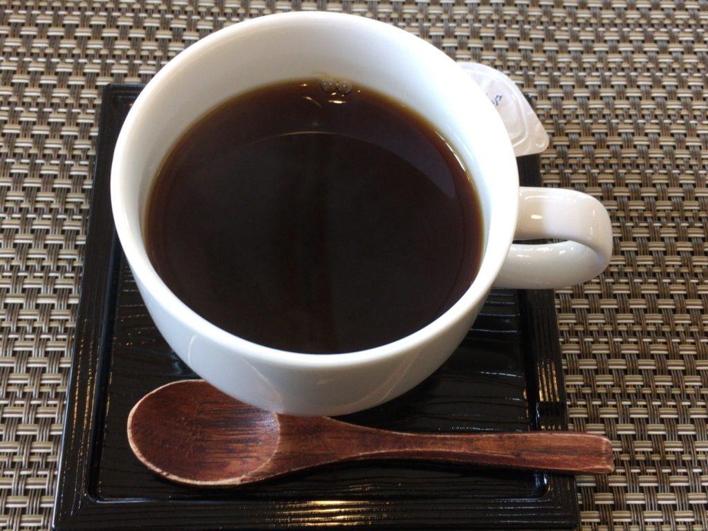 畑のレストランHUISゆいのコーヒー