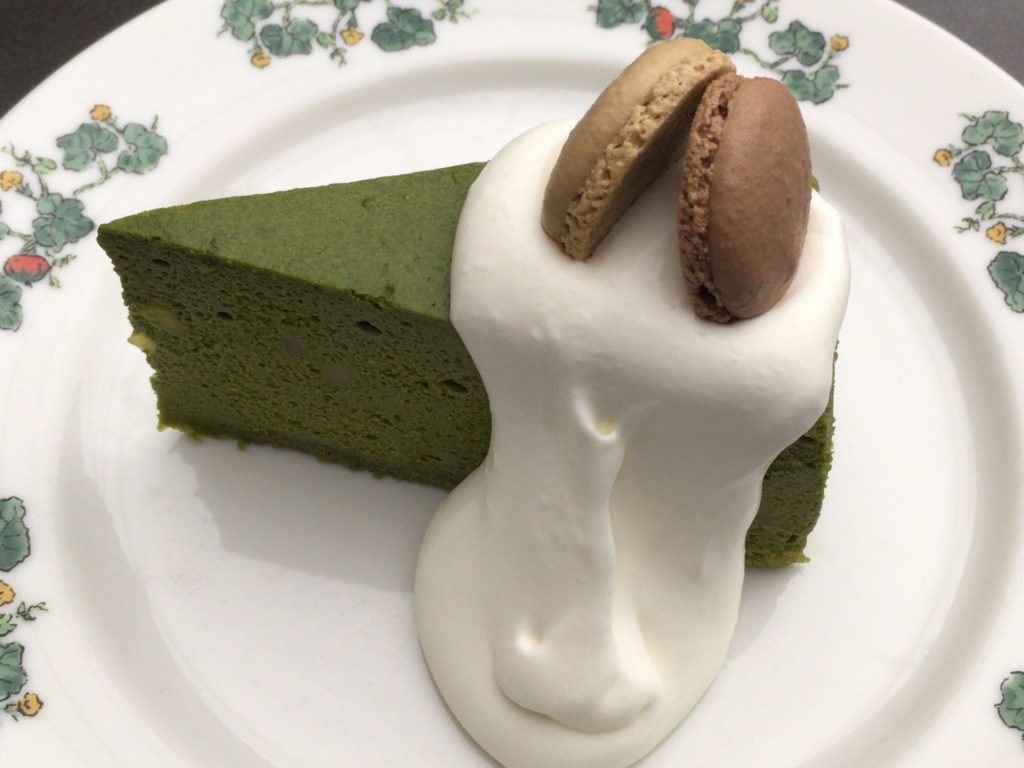 六花亭五稜郭店の喫茶店のケーキ