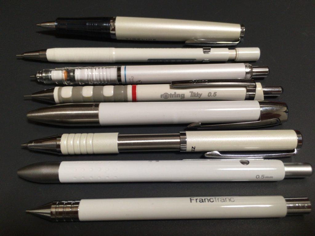 白色の筆記具